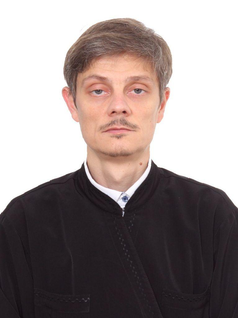 диакон Олег Викторов