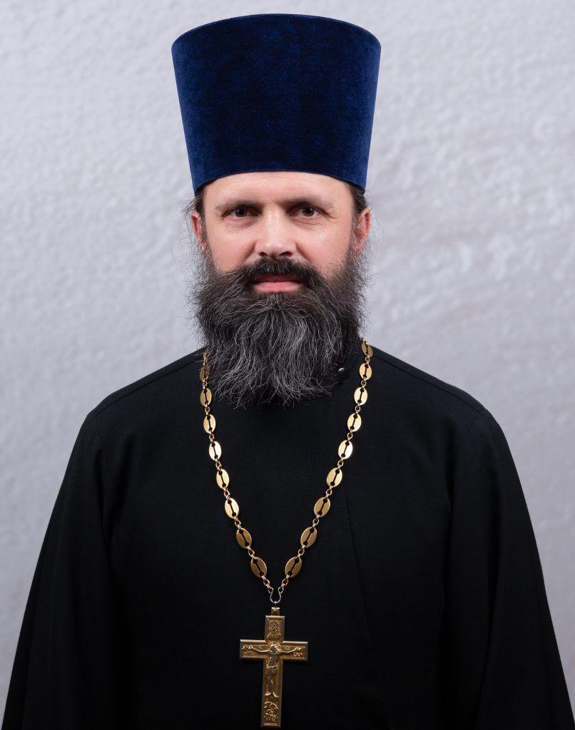 иерей Роман Попов
