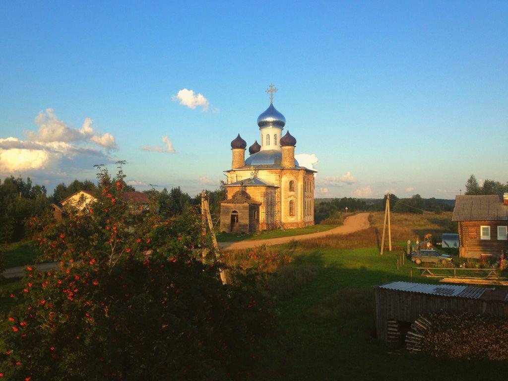 Храм Преображения Господня д. Монастырская