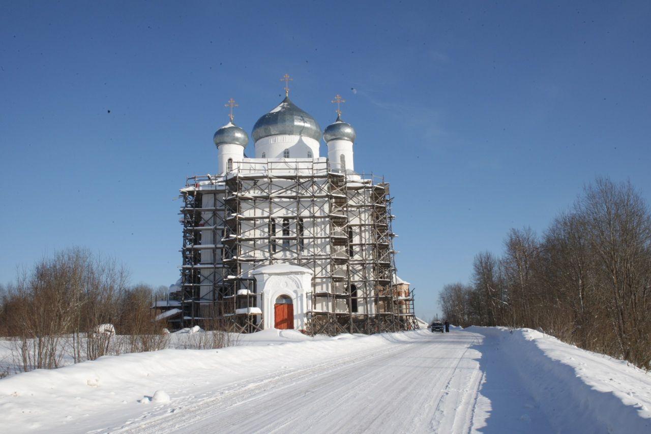 Храм мучеников Флора и Лавра с. Кумзеро