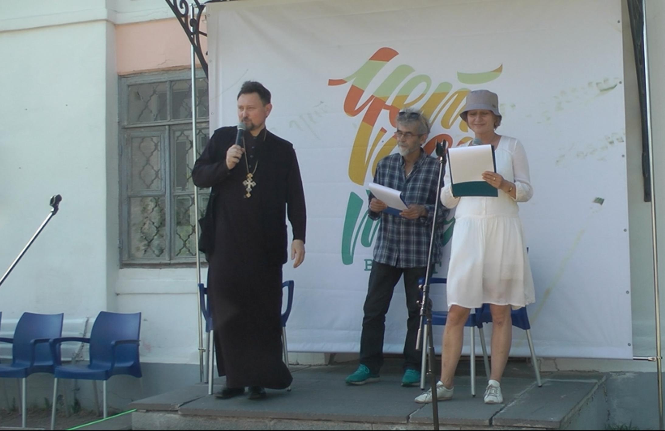 Представитель Вологодской епархии принял участие в обсуждении роли Церкви в жизни общества на фестивале «Четвертая Вологда»