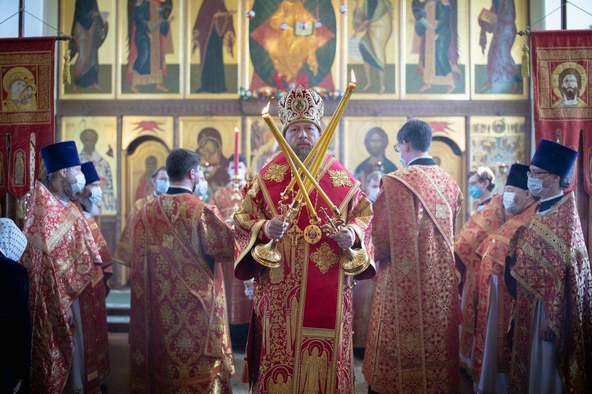 В праздник перенесения мощей святителя Николая Мирликийского митрополит Савва совершил Литургию в вологодском Никольском храме на Глинках