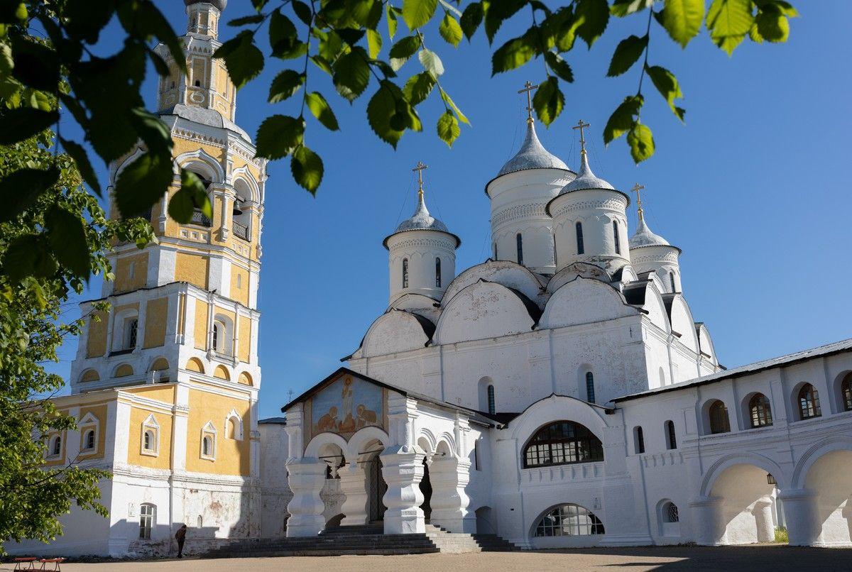 В день памяти преподобного Игнатия Прилуцкого митрополит Савва совершил Литургию в Спасо-Прилуцком Димитриевом монастыре