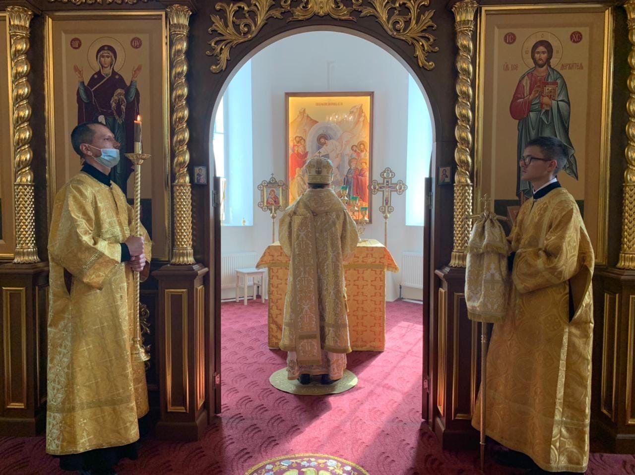 В городе Бабаеве состоялось освящение памятника преподобному Гурию Шалочскому