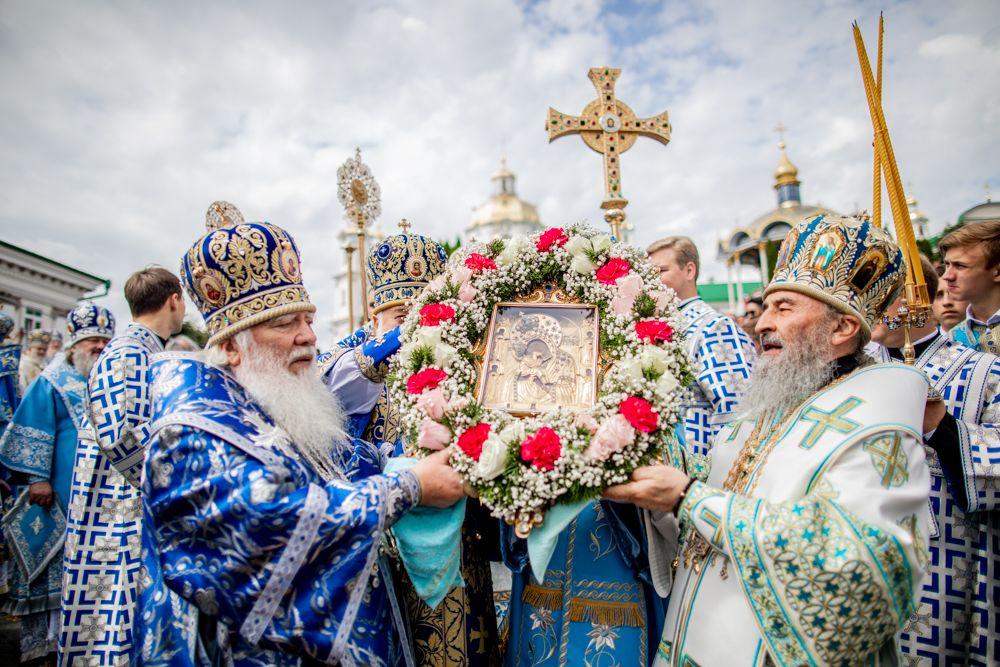 Блаженнейший митрополит Онуфрий возглавил в Почаевской лавре торжества по случаю праздника Почаевской иконы Божией Матери