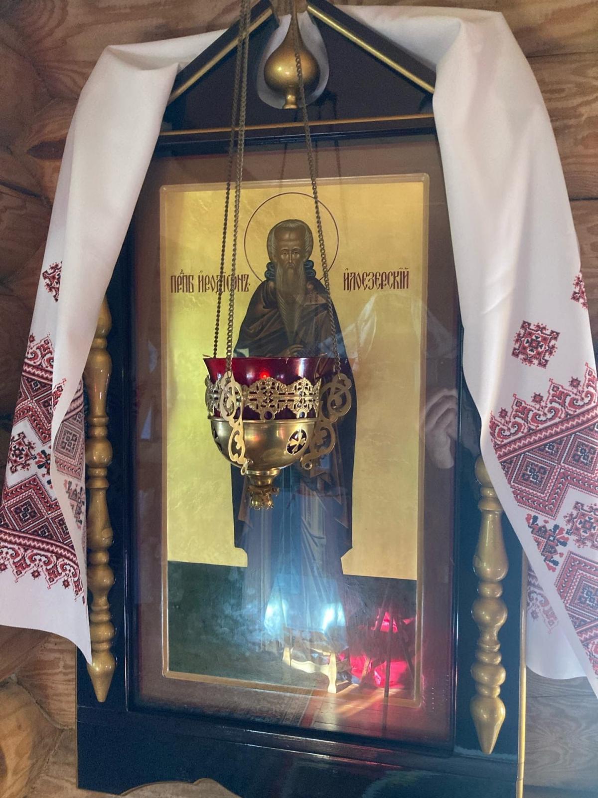 В Иродионовой Илоезерской пустыни состоялось архиерейское богослужение по случаю дня памяти основателя монастыря