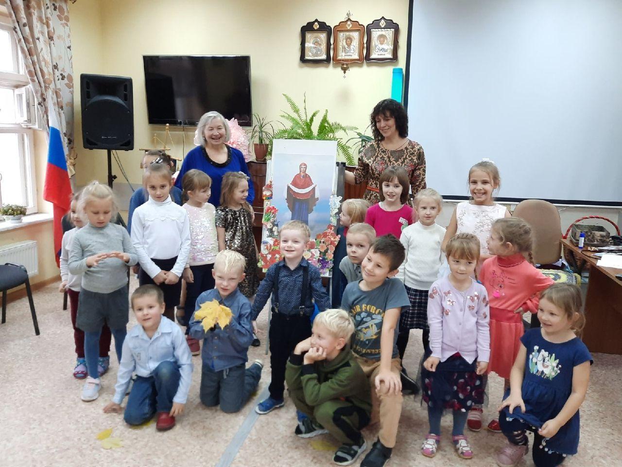 Покровские концерты организовали для учащихся воскресной школы Архиерейского Воскресенского подворья Череповца