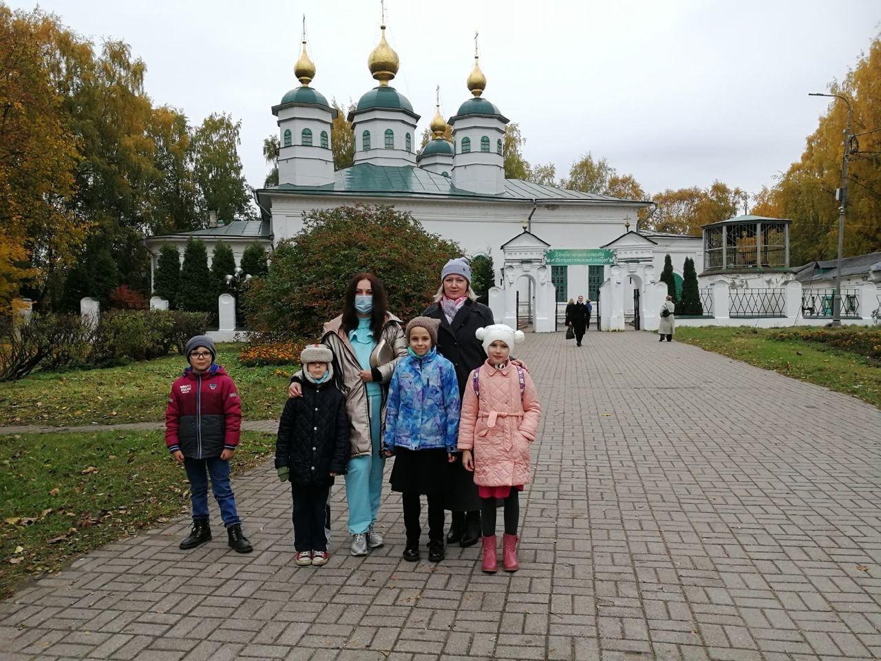 Воскресная школа Архиерейского Воскресенского подворья Череповца готовится к юбилейным датам Воскресенского собора