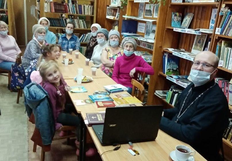 В поселке Стрига работает православный семейный клуб «Вера»